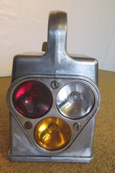 VENDU Lampe de cheminot 1965